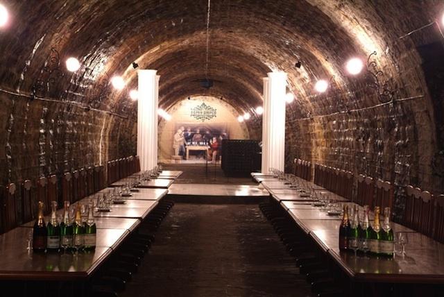 Археологи обнаружили в Севастополе винный завод 4 века до нашей эры