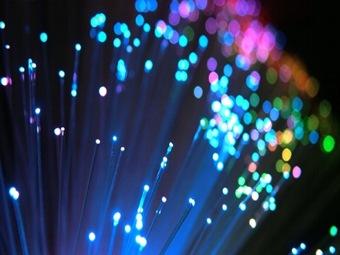 Создана волоконно-оптическая сеть, передающая данные на 99,7% скорости света