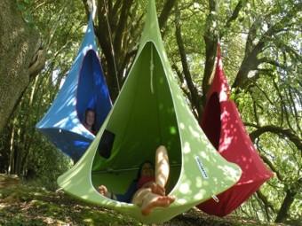 Cacoon - висячий дом на дереве для всех возрастов