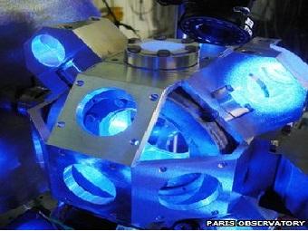 Атомные часы на основе лазера измерят