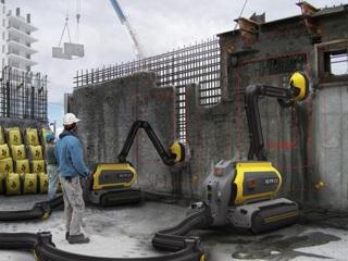 Бетоно-перерабатывающий робот ERO может сносить целые здания