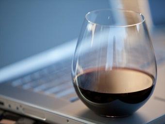 Процессор Intel, работающий от одного стакана вина