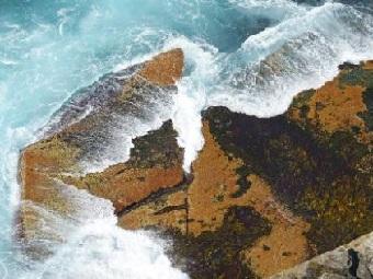 Ученые нашли под морским дном гигантские резервуары пресной воды