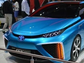 На дорогах Индии появятся повсеместно автомобили с топливными элементами